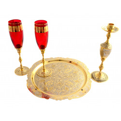 Набор подарочный   (блюдо d.300 + 2 фужера красные + подсвечник)